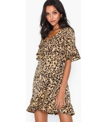 ax paris v neck leopard dress loose fit