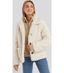 na-kd button teddy jacket - white