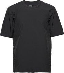 all weather tee t-shirts short-sleeved zwart houdini