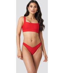na-kd swimwear v-formad bikiniunderdel - red