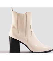 na-kd shoes western chelsea boots - white