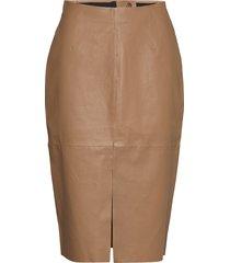 stretch leather - nyx rok knielengte bruin sand