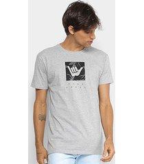 camiseta hang loose silk logoleaves masculina