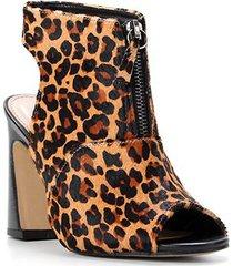 ankle boot couro shoestock pelo salto alto - feminino