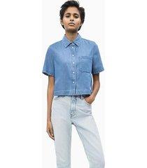 camisa celeste calvin klein cropped ss shirt