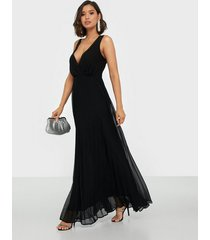 ax paris v neck maxi dress maxiklänningar