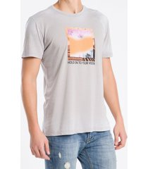camiseta masculina hold on cinza claro calvin klein jeans - pp