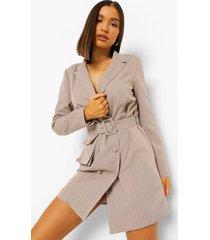 utility blazer jurk met krijtstrepen en dubbele knopen, taupe