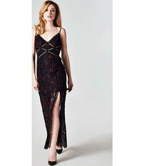 długa koronkowa sukienka w kwiaty
