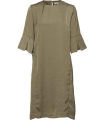 lilian dress knälång klänning grön whyred