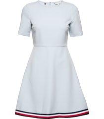 angela glb stp dress ss knälång klänning blå tommy hilfiger