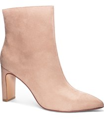 women's chinese laundry erin bootie, size 6 m - beige