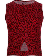 camiseta con abertura en frente color rojo, talla 10