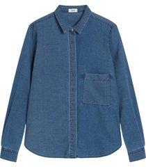 closed blouse denim