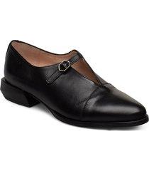 c-6001 snörade skor låga svart wonders
