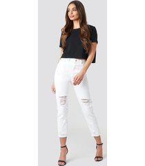 trendyol ripped knees high waist mom jeans - white