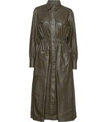 lily thin leather dress knälång klänning grön mdk / munderingskompagniet