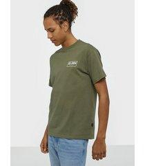dr denim trooper tee t-shirts & linnen emerald