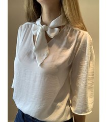 blusa natural caekilia kendall