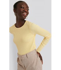 na-kd ribbstickad croppad tröja - yellow