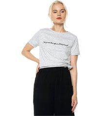 camiseta gris mng