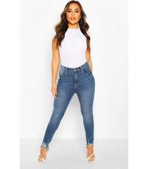 distressed skinny jeans met gerafelde zoom in kleine maten, middenblauw