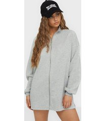 nly trend through the zip cozy sweat zip tröjor grå melange