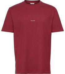 live tee t-shirts short-sleeved röd holzweiler