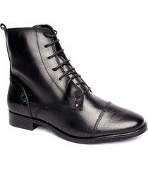 bota feminina coturno salto baixo flor d' couro couro preto