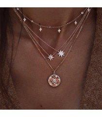 collar estrella dorada colgante multicapa