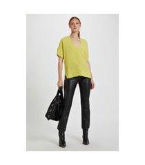 t - shirt de crepe v bolsinho amarelo yoko - pp