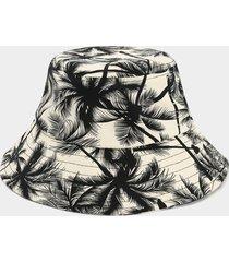 sombrero de pescador con estampado de cocoteros