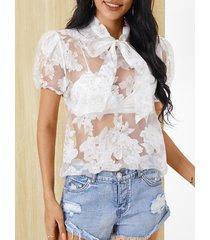 blusa de manga corta con cuello clásico y diseño transparente yoins white