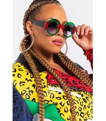 akira gradient green sunglasses