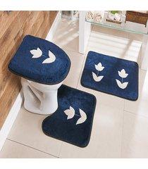 jogo de banheiro bordado 3 peã§as antiderrapante tulipa azul marinho - multicolorido - dafiti