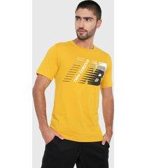 camiseta amarillo-blanco-negro puma