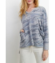 coin 1804 womens camo print v neck pocket dolman top