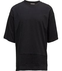 a-banar over d cn t-shirts short-sleeved svart calvin klein jeans