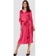 rut&circle fab wrap long dress - pink