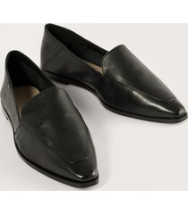 na-kd shoes pointy leather loafers - black