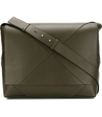 bottega veneta maxi weave messenger bag - green