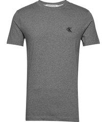 ck essential slim tee t-shirts short-sleeved grå calvin klein jeans