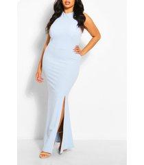 maxi-jurk met halternek en hoge split op dijbenen in plusmaten, hemelsblauw