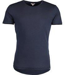 ob-t navy t-shirt