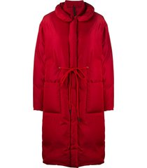 sara lanzi tie-waist padded coat - red