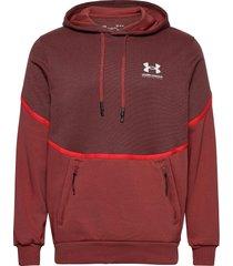 ua rival fleece amp hd hoodie röd under armour