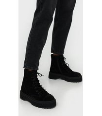 vero moda a dropped skinny turn up flat boots