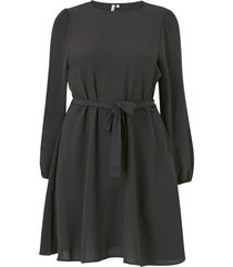 klänning carluxmila ls puff knee dress solid