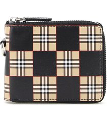 burberry daniels chequered zip-around wallet