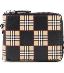 burberry daniels chequered zip-around wallet